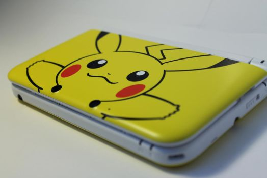 Pikachu 3DS XL by MakinBaconPancakes