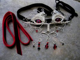 Wire Wrap - Vampire Blood Dragon Interchangeable 2 by LadyPirotessa