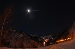 Mountain with moon by voldemometr