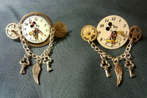 """Steampunk Willie"" Barrettes by Linarien"