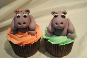 Hippo cupcakes by starry-design-studio