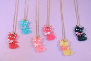 Kitty Kat Necklaces by PeppermintPuff