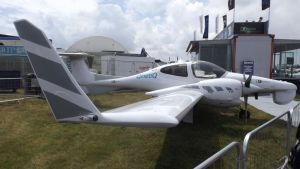 DA42 Twinstar line-up (1) by Dan-S-T