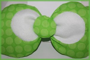 Green Polka Dot Hello Kitty/Minnie Mouse Style Bow by PrimmRose