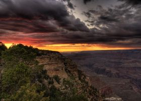 Grand Canyon at sunset by Heixor