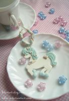 Marshmallow pony necklace I by Nika-N