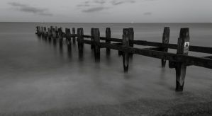 Black and white sea shot. by chivt800