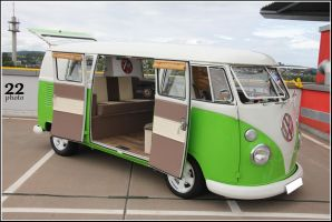 VW Bulli by 22photo