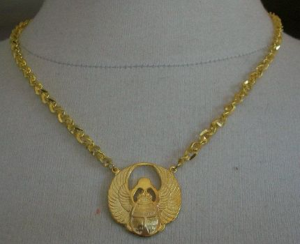 Magikal Scarab necklace by Angeleyesboutique40