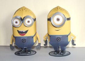 Minions - Papercraft by SarienSpiderDroid