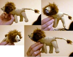 lion plushie hehe by chickensmoothie