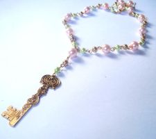 Secret Key Pearl Necklace by prheat