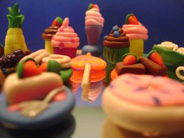 Miniature polymer clay foods by CutiePieCreations