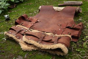 Leather Chest Armor whit Fur (back) by IlMoro89