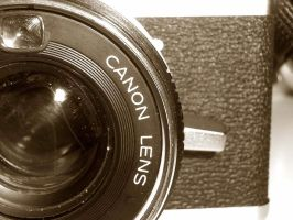 Canonet IV by lil-miss-mousey