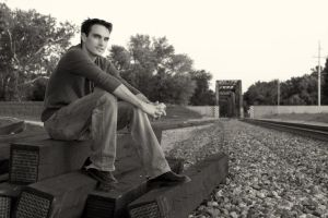 Chillin' By The Tracks by Sonify