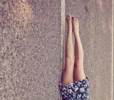 legs up by photochtoto