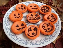 Mini Halloween Cheesecakes set 2 by Cassandrina
