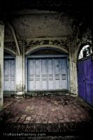 Front entrance by frankrizzo