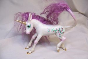 'Pansy' ooak unicorn by AmandaKathryn
