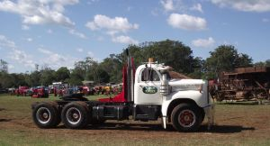 B61 Mack prime mover by RedtailFox