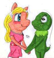 Miss Piggy and Kermit by HollyBjeam