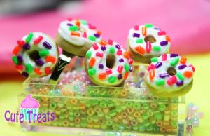 Rainbow Donuts by Cutetreatsbyjany