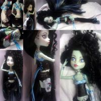 Monster High Custom, Crystal Bottom by simplysteffie