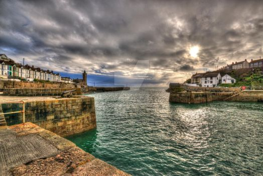Harbour HDR by dv8designer