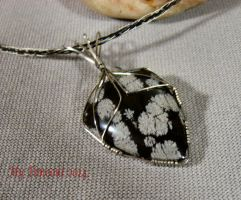 Snow Obsidian Pendant by My-Timeout