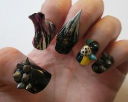 Crazy sculpture nails by henzy89