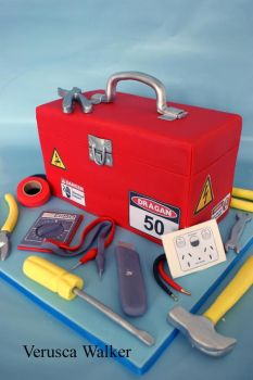 Electrical tool box Cake by Verusca