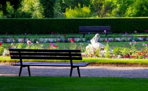 The Bench And The Cold White Lady by todto