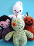 Crochet Lil Spooks by Simnut