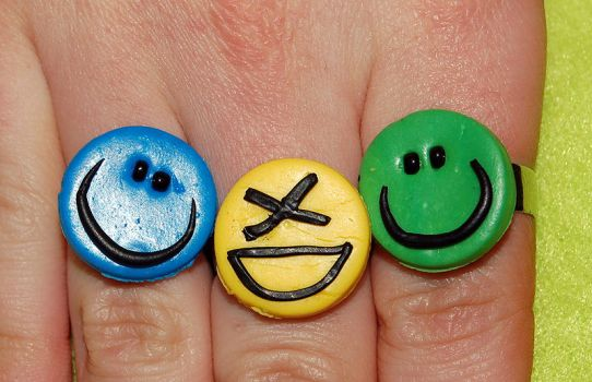 smiley rings by trapus