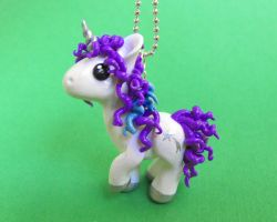 Custom Unicorn pendant by DragonsAndBeasties