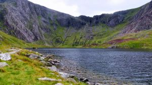 Llyn Idwal by LittleMissMischief