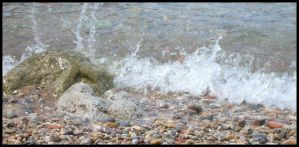 wave on rock by Pollon82