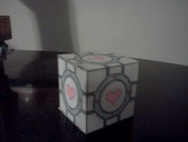 Paper Companion Cube by Superjay14