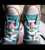 Shoe Accessory Thingy XD by Crissey