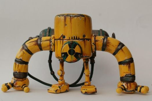 MCM Show Special Yellow Tribe Rusty Robot by SpaceCowSmith