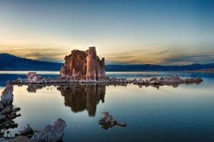Tufa Sunset by o0oLUXo0o