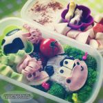BENTO - cow-themed by oliko