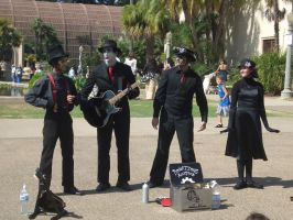 Steam Powered Giraffe by ooklah
