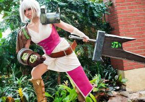 Riven the Exile - League of Legends by jillian-lynn