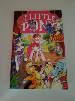 My Little Pony Comic Book Vol. 12 by extraphotos