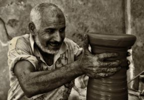 The Clay Maker by P-a-i-k-e-a