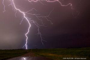 Kansas Lightning strike. by CRELLIOTT0302
