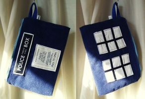 Pochette - etuit inspiration Tardis Dr Who by Emillye
