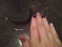 Cody Simpson nails right by kerbubbles